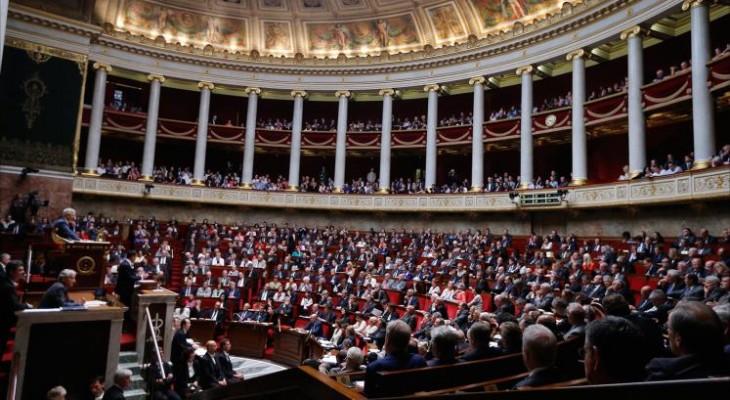 البرلمان الفرنسي يطالب بالاعتراف بفلسطين