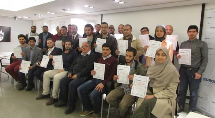 """ضمن سلسلة دورات لتأهيل الشباب الفلسطيني في أوروبا: منتدى التواصل الأوروبي الفلسطيني ينظم يوماً تدريبياً تحت عنوان """"مهارات العمل لفلسطين وآليات الضغط السياسي في المملكة المتحدة"""""""