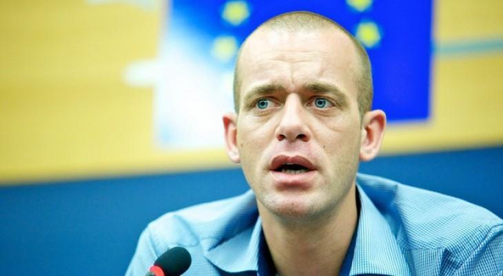 فرنسا تطالب إسرائيل بإلإفراج عن محام فرنسي أصله فلسطيني