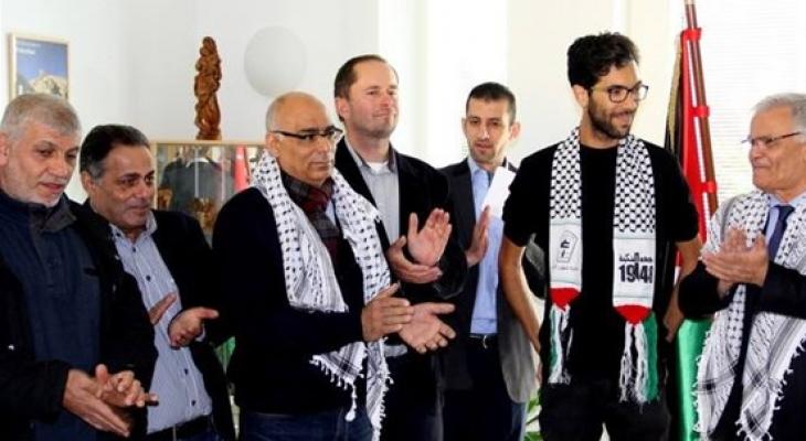المتضامن السويدي 'لادرا' يصل سلوفاكيا في طريقه لفلسطين