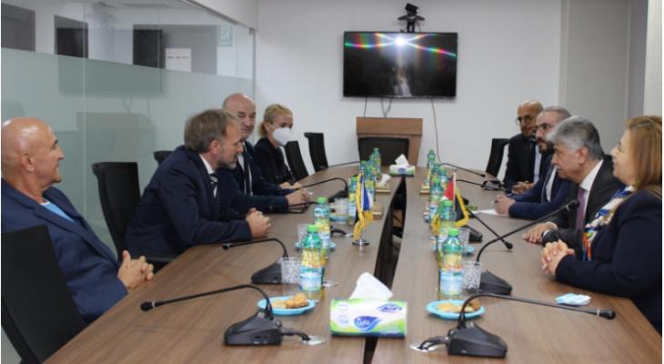 مجدلاني يطلع وفداً برئاسة نائب وزير خارجية البوسنة والهرسك على آخر المستجدات السياسية ويبحثان تعزيز العلاقات الثنائية