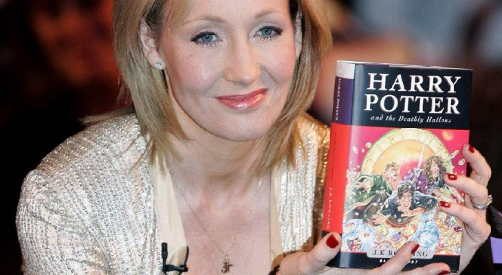 "Harry Potter fans ""heartbroken"" as author urges engagement with Israel"