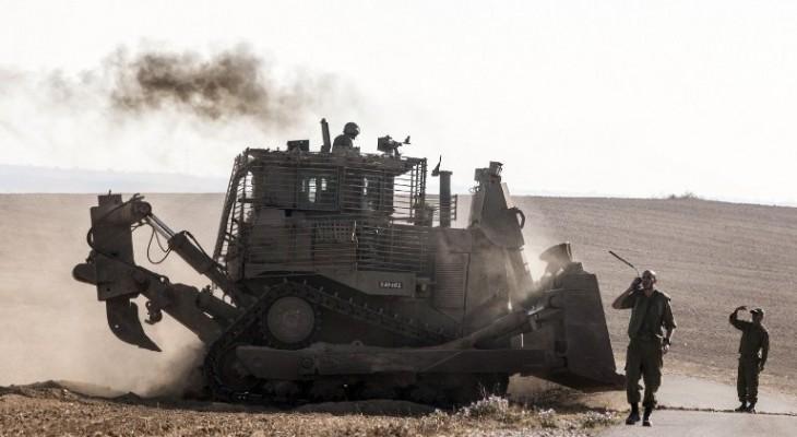 Israeli Bulldozers Infiltrate Gaza Borders