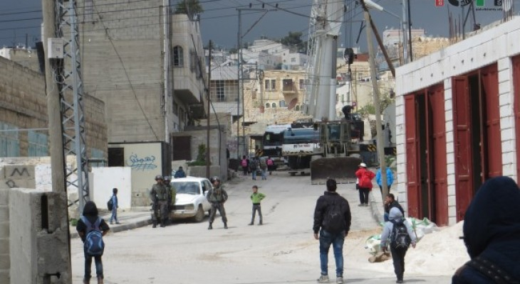 Schoolboys stopped from walking home as Israeli forces expand checkpoint