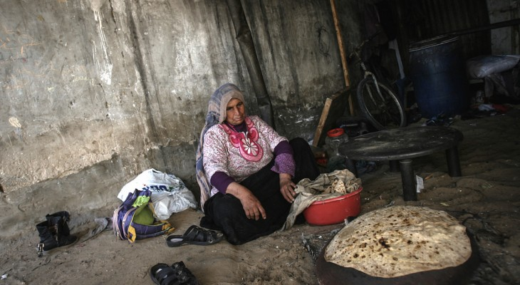 Palestinians in Gaza are drinking contaminated water By: Abeer Abu Shawish