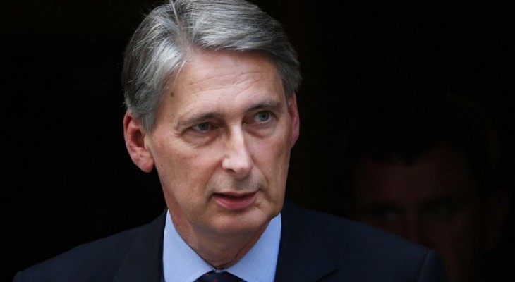 UK: Foreign Secretary in talks with French on new peace initiative
