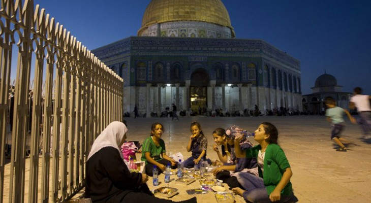 Palestinians face intensified obstacles in Jerusalem during Ramadan