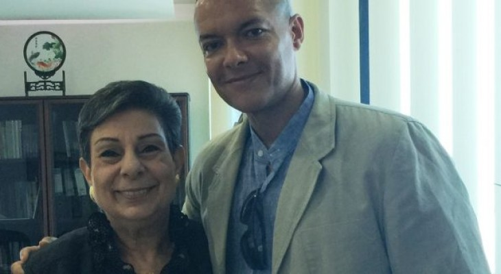 Ashrawi meets with British Parliamentarian Clive Lewis and an accompanying delegation