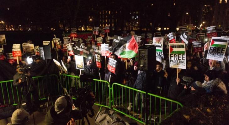 Thousands protest in Britain against Trump's Jerusalem announcement