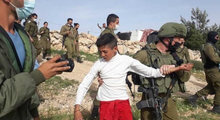 Clip of Israeli troops detaining Palestinian kids sparks uproar
