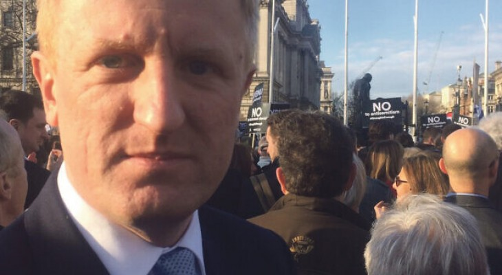 Oliver Dowden urges Facebook and Twitter to adopt IHRA antisemitism definition
